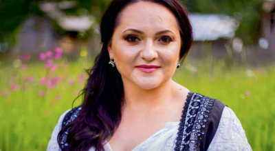 Oxana's music brings Romanians in Ireland a little taste of home